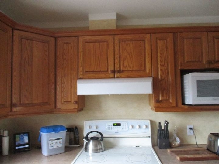 Looking to update honey oak cabinets and kitchen | Hometalk
