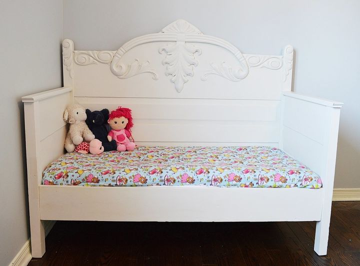 chalk painted diy toddler daybed from an antique 3 4 bed