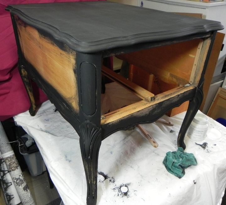 french provincial end table makeover
