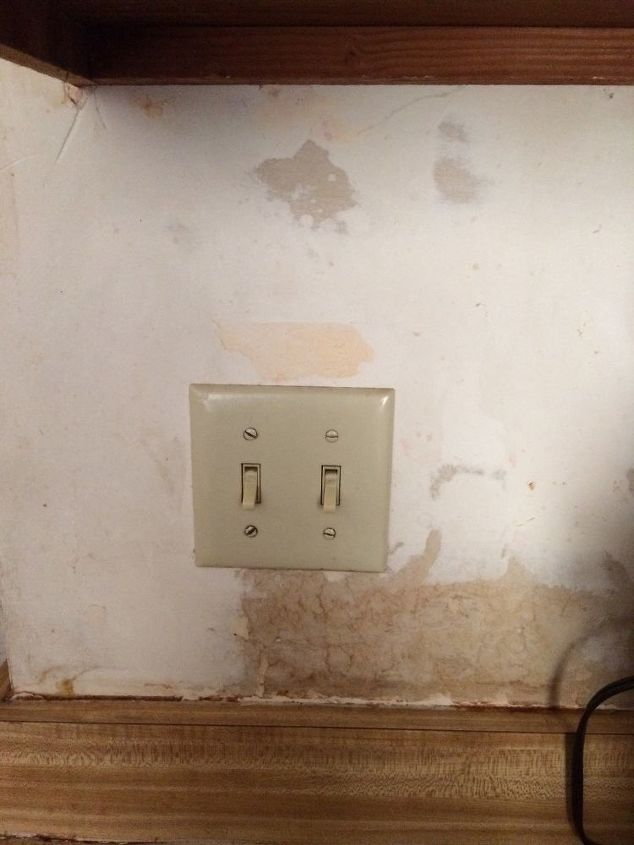 q what is the best way to remove wallpaper