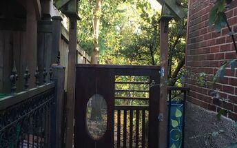 upcycled fence gate, Ta da