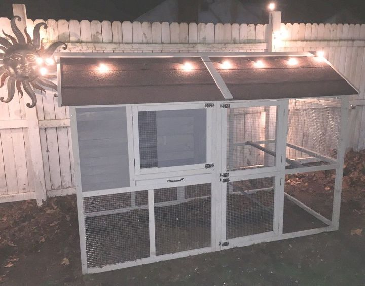 q how can we make our chicken coop look vintage