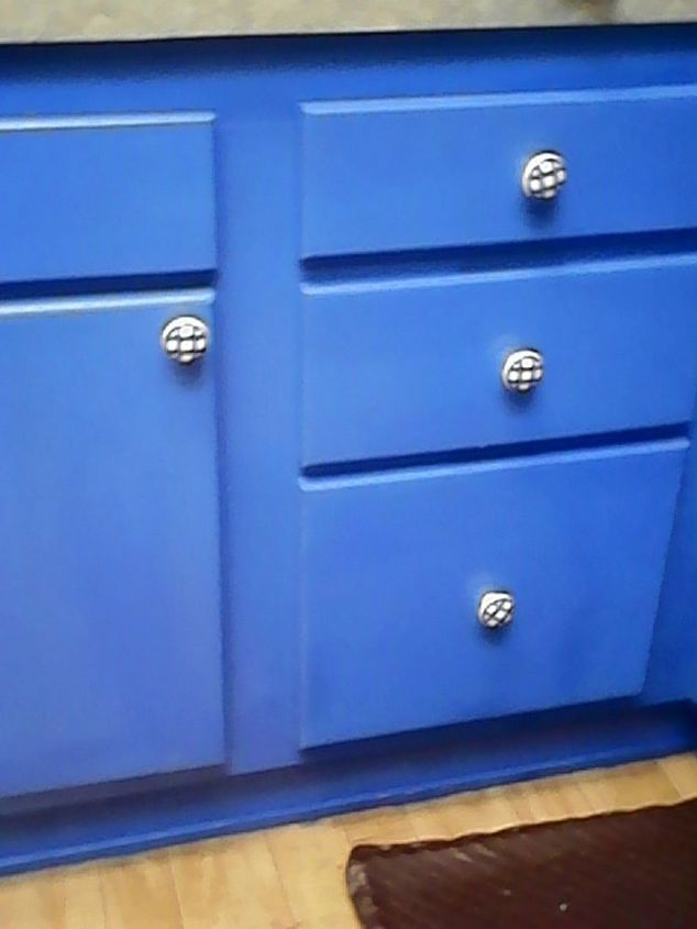 q how do you pickle painted cabinets