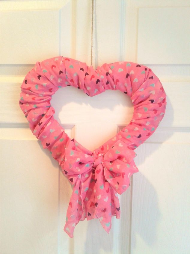 s 23 valentine s day diy ideas that you don t want to miss, Valentine s Day Scarf Wreath
