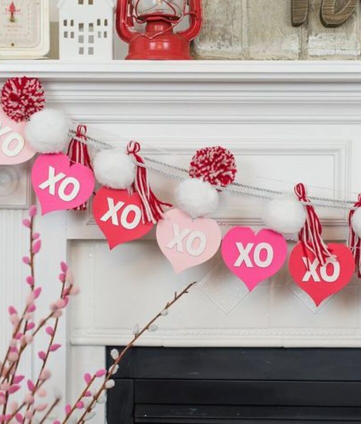 s 23 valentine s day diy ideas that you don t want to miss, Valentine s Day Garland
