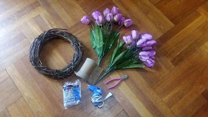 fast easy spring tulip wreath
