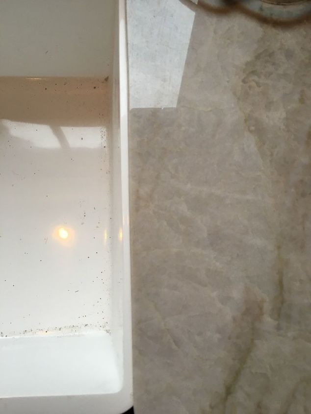 Huge Gap Between The Wall And The Countertop Hometalk