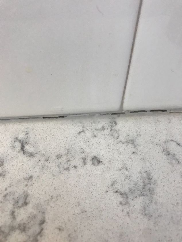 q why has my silicon caulking around my tile counter in kitchen shrunk