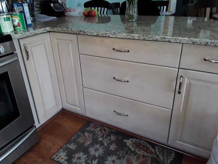 I Have Wood Door Kitchen Cabinets But Presswood Box In Need Ofupdate