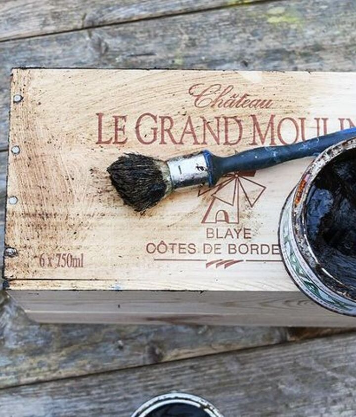 fun diy retro light box sign from a recycled wine box