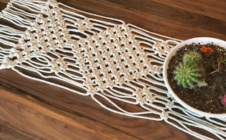 easy macrame table runner