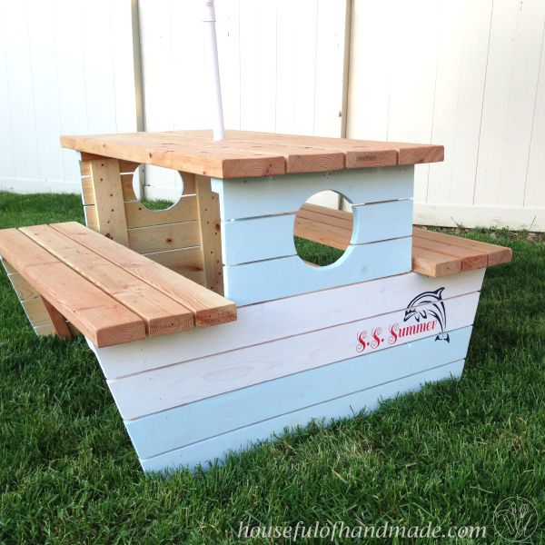 s the best nautical home decor ideas you can try, Nautical Kids Picnic Table