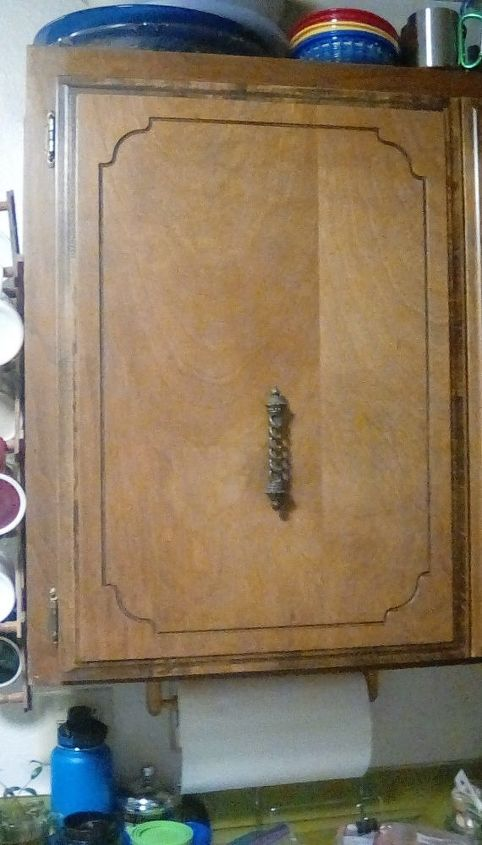 q woodfill on old kitchen cabinet door how