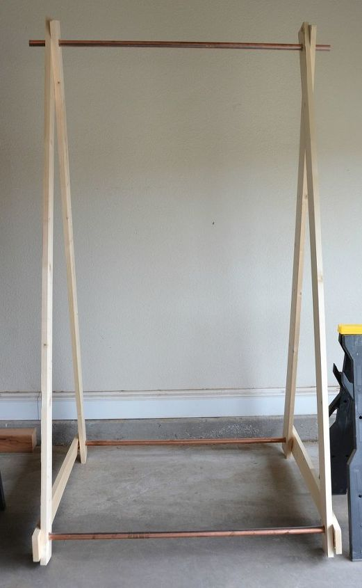 simple modern dit hanging rack for small spaces