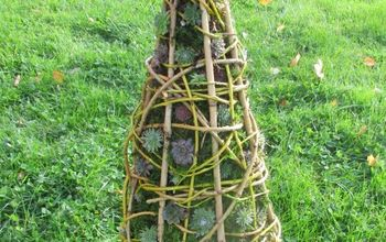 Rustic Willow Cone