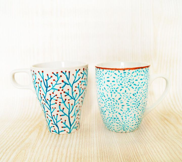 s check out these wonderful ways to decorate your plain mugs, Paint pretty designs