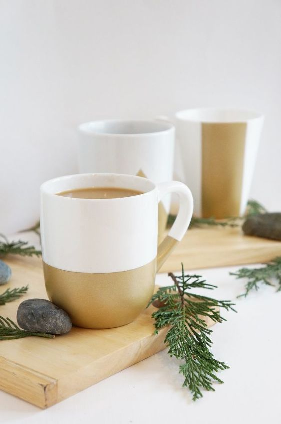 s check out these wonderful ways to decorate your plain mugs, Spray paint the bottoms