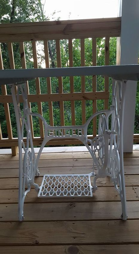 porch table and chairs