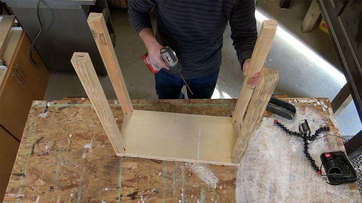 building a pallet puzzle table