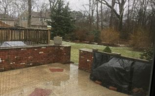 q how to create privacy screen on a roofless raised patio
