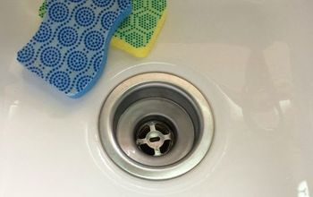 how to clean a kitchen sink naturally