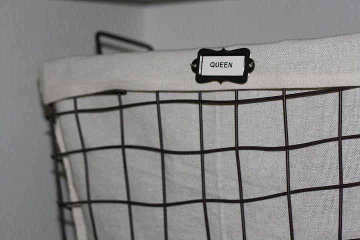 organize your linen closet in less than an hour