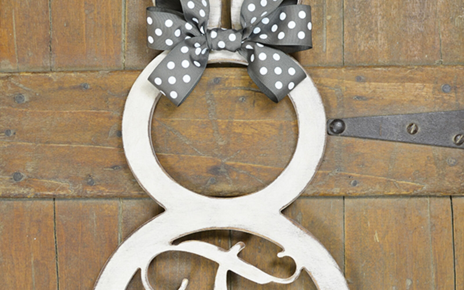 s the cutest ways to decorate your front porch for easter, Single Letter Bunny Monogram