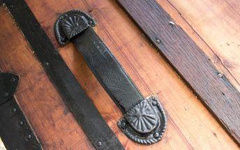steamer trunk handle repair