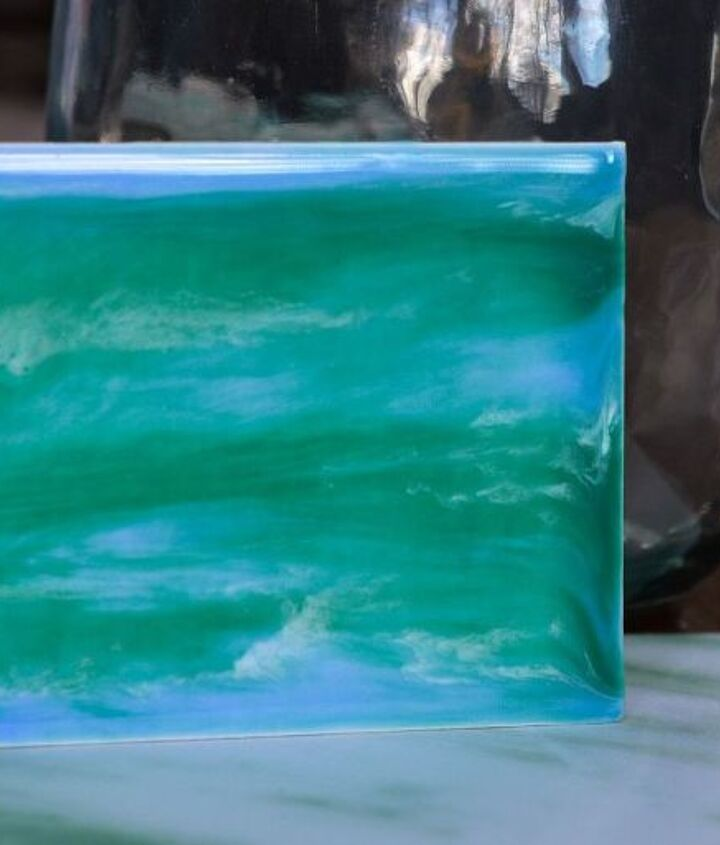easy art diy painting with resin and acrylics