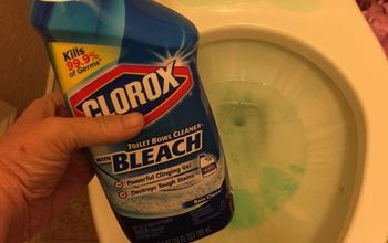 Cleaning Your Toilet: One Way I Do It.