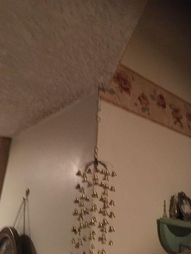 q i have a opening in my hall i d like to hang a curtain but having di