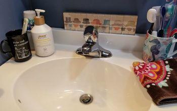 10 Minute Bathroom Back Splash.