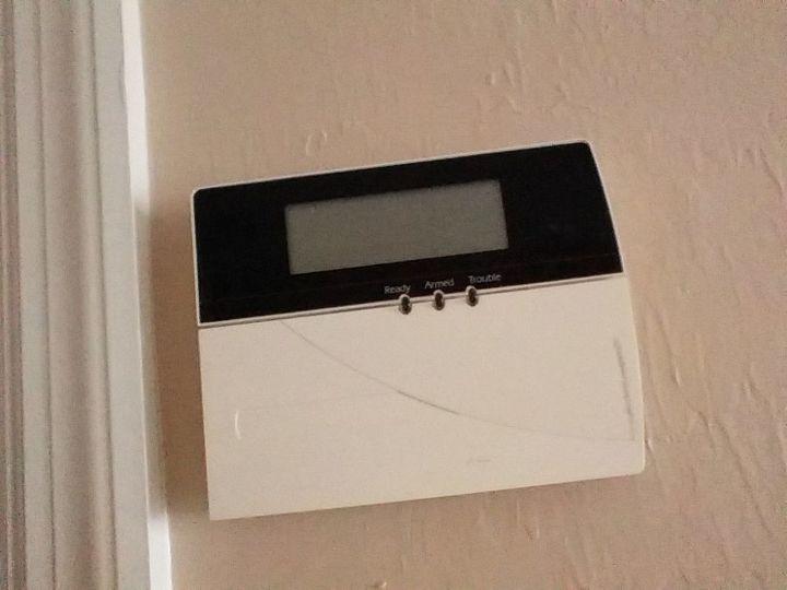q alarm cover