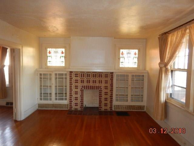 q what to do with this living room