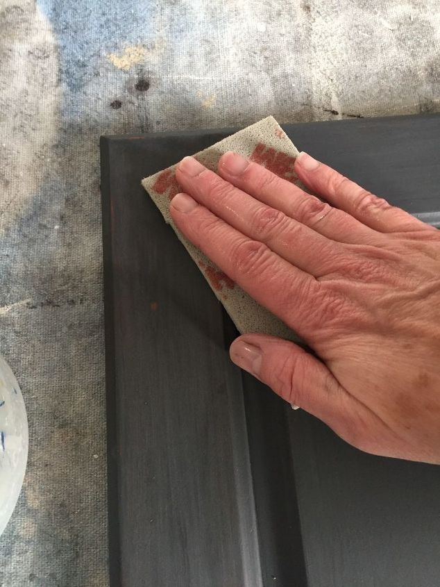 how to sand chalk paint indoors