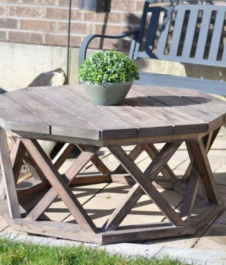 diy octagon patio or coffee table