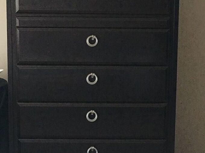 q how to paint old dresser to give it a fresh look