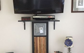 hiding tv cords with office accessory, Wall Hanging