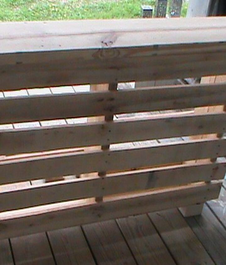 how to make a pallet bar for outside entertainment