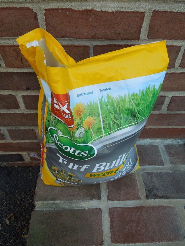 I choose Scotts Turf Builder Weed and Feed