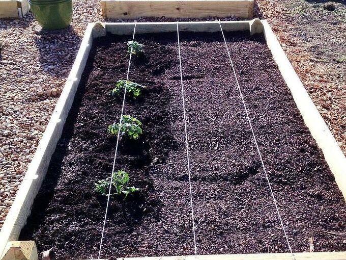 how to make a small garden