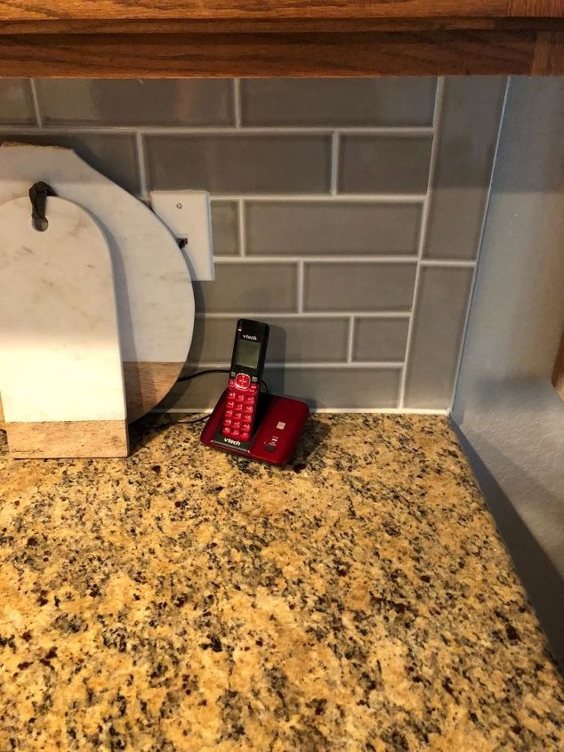 q cabinet color and changing granite countertops