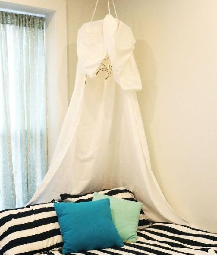 how can i decorate with white twin sheets