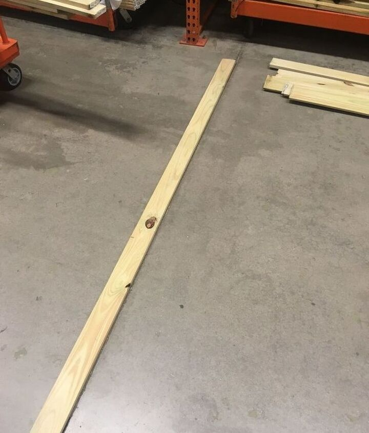 Check for straightness with a floor seam
