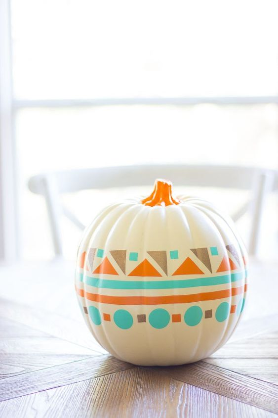 s 15 fun things you can make using your cricut, Modern Vinyl Decorated Pumpkin