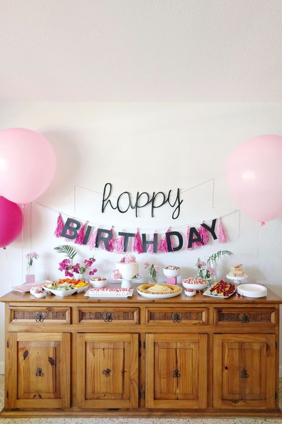 s get the party started with these perfect diy decor ideas, Flamingo Themed Decor