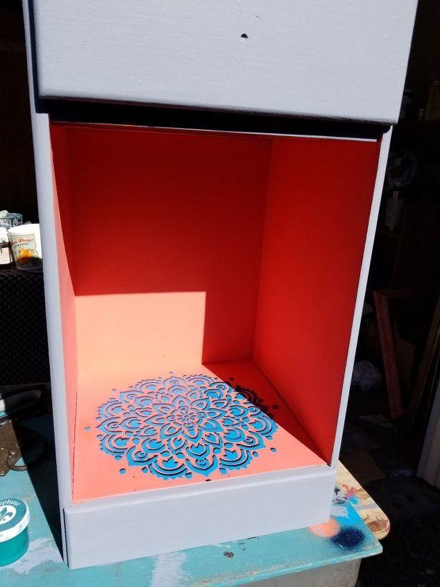 Inspiring coral color & Mandela stencil