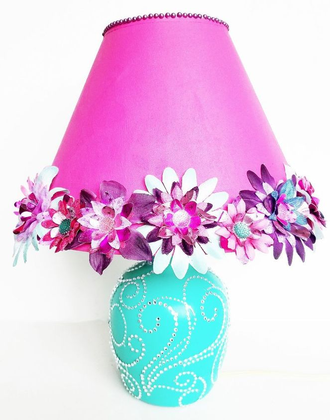 s spruce up your plain lamp with one of these great ideas, A Makeover For A Little Girl s Room