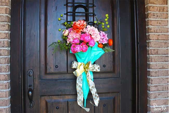 s 15 inspirational ideas for spring flowers, Door Decor