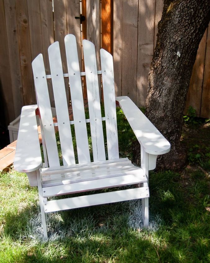 How To Spray Paint Wooden Adirondack Chairs Hometalk - Can you spray paint wood